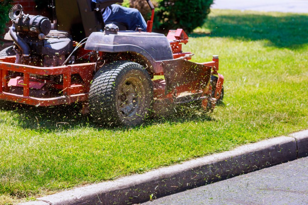 How to Use Your Lawn Mower More Efficiently